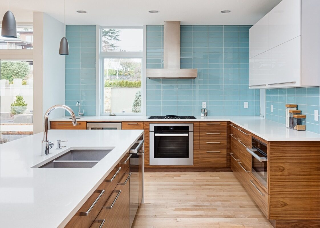Trend Watch Creating A Light Filled Kitchen With No Upper Cabinets Kitchen And Bath Guys